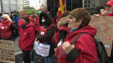 150 représentants des maisons de repos transmettent leurs revendications à Alain Maron