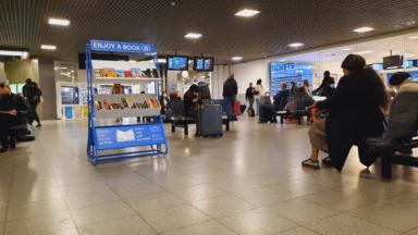 Des boîtes à livres installées dans deux gares bruxelloises