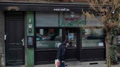 La vitrine du Waff vandalisée ce week-end à Ixelles