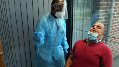 Covid-19 : le nombre de nouveaux cas en baisse à Bruxelles, les hospitalisations stagnent