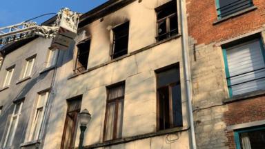 Bruxelles : un immeuble inhabitable à la suite d'un incendie