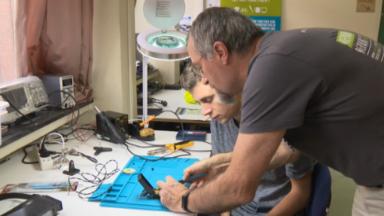 Ixelles : un Repair lab dédié à l'auto-réparation